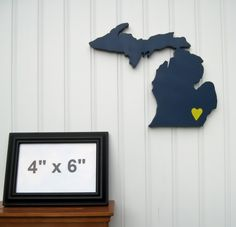 Michigan+Wolverines+State+Heart+wall+art+by+StateYourTeam+on+Etsy,+$29.00