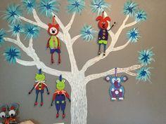 Mon arbre avec des personnage en feutrine