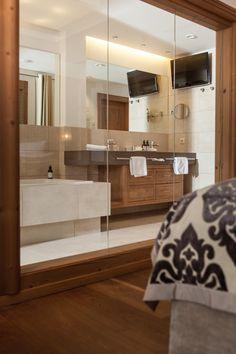 48-50 m² / 3 - 4 Personen Bathtub, Bathroom, Double Room, Standing Bath, Washroom, Bathtubs, Bath Tube, Full Bath, Bath