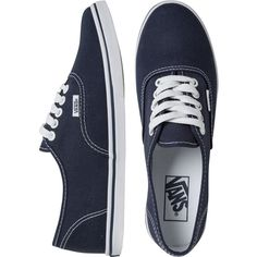 Vans Authentic Lo Pro Shoe (140 BRL) ❤ liked on Polyvore featuring shoes, sneakers, vans, sapatos, blue, vans footwear, lightweight sneakers, laced shoes, laced sneakers and laced up shoes