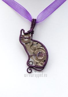 I don't care for steam  punk but l love cats and purple