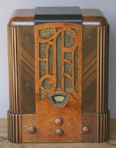 STEWART WARNER Model R127A Art Deco Radio Prado  1933 by RadioAge, $895.00