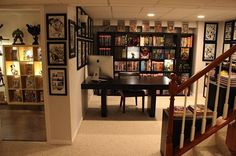 One day I want a place like this for our manga/comics/gaming things <3
