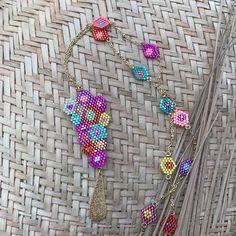 Miyuki rockery earrings of small multicolored flowers Seed Bead Necklace, Seed Bead Jewelry, Beaded Jewelry, Beaded Necklace, Girls Jewelry, Beaded Rings, Brick Stitch, Beading Patterns, Jewelery