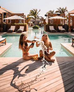 All Hotel Resort. Hotel Secrets The Big Chains Don't Want You To Know. Besides choosing a destination, you must also locate a place to stay as well as making your travel arrangements. Friends Instagram, Instagram Travel, Hotel Secrets, Best Friend Goals, 5 Best Friends, Travel Goals, Riviera Maya, View Photos, Adventure Travel