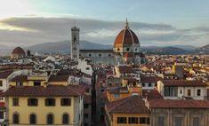 Firenze e il duomo al tramonto, visti dalla cima della torre di Palazzo Vecchio.