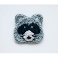 Raccoon Applique Crochet  I could do this... Living in South Louisiana I see MANY uses for it!...