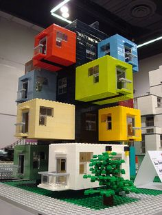 Great Cyberpunk - Anime City concepts for Lego! Lego Modular, Lego Design, Lego Craft, Cool Lego Creations, Lego Worlds, Container House Design, Lego Building, Lego City, Legos