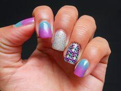 Lily's Nail: Esponjado verde e rosa com adesivo Estilo rosa!