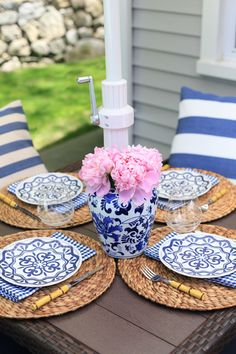 Blue and white summer table