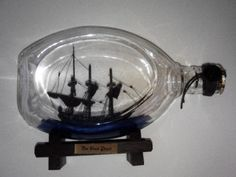 |++  Pirates of the Caribbean Black Pearl Ship in a Bottle (NECA) [imports]
