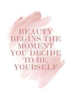 Beauty Begins Affiche
