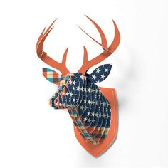 Faux Deer Mount, trophées by Deny designs