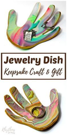 Easy Mother's Day gift idea - Mom's love receiving handmade gifts that kids can make. This DIY marbled clay jewelry dish keepsake craft makes a unique homemade gift idea for Mother's Day, Father's Day, and Christmas. A ring bowl and jewelry dish for both men and women. Learn how to make your own using the easy to follow tutorial!