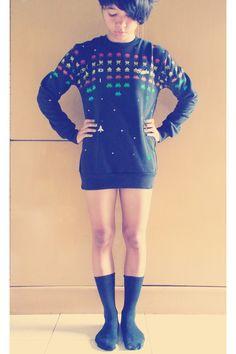 Atari sweater!! (or could screen a sweatshirt)   Tikatikaku on Chictopia