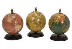 I think these little mini globes are so cute. Perfect for the bookshelf.