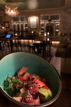 """° talk sushi to me °  Wo sind die Sushi Bowl Liebhaber unter den 151er Freunden?😍  Ab 16:00 Uhr stehen schon """"typically 151er Drinks"""" bereit und ab 17:00 bringt unser Küchenteam die Platten zum Glühen.😎     #sushibowl #151er #klagenfurt #bowl #foodstagram Klagenfurt, Meat, Food, Clock, Essen, Meals, Yemek, Eten"""