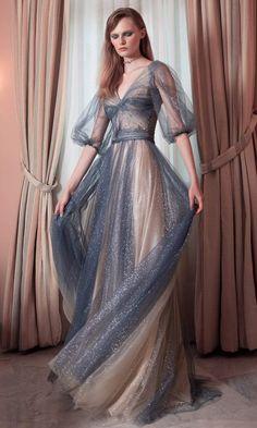 Unique Dresses, Pretty Dresses, Awesome Dresses, Unique Clothing, Ball Dresses, Prom Dresses, Couture Dresses Gowns, Flowy Dresses, Haute Couture Dresses