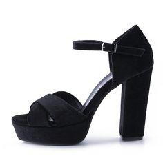 Γυναικεία Πέδιλα Stefania, από μαύρο βελούδο, με λουράκια χιαστί. Διαθέτει δερμάτινο πάτο και μπαρέτα για άψογη εφαρμογή. Ύψος τακουνιού 11.5cm και φιάπα 3.5cm Fall Winter, Sandals, Heels, Fashion, Slide Sandals, Moda, Shoes Sandals, Shoes Heels, Fasion