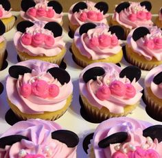 Minnie Mouse Cupcakes Cupcake Cakes, Cupcakes, Minnie Mouse, Sweet, Desserts, Food, Candy, Tailgate Desserts, Cup Cakes