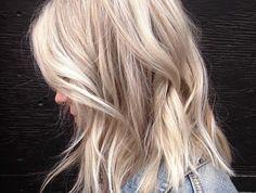 cheveux-blond-polaire-tendance-couleur -cheveux