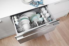 drawer dishwasher- brilliant for a small kitchen Basic Kitchen, Kitchen On A Budget, Kitchen And Bath, Kitchen Ideas, Condo Kitchen, Smart Kitchen, Family Kitchen, Kitchen Small, Kitchen Redo