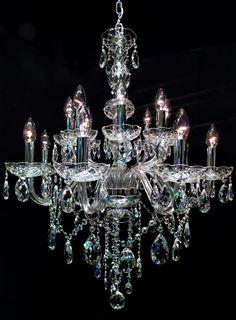 #chandelier #crystal Lustre Toledo 16 braços (08 + 08)