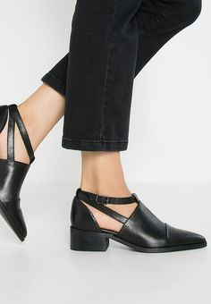 VMLINDA - Ankle boot - black - Zalando.pl