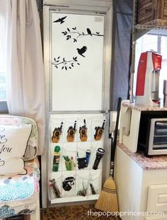Hang a shoe organizer for essentials like walkie-talkies, bug sprays, and late-night flash lights. If you're in a car and not a pop-up camper, hang it over the front passenger seat. Read more on The Pop-Up Princess. Camper Hacks, Diy Camper, Camper Trailers, Travel Trailers, Camper Ideas, Camper Life, Camper Van, Rv Hacks, Life Hacks