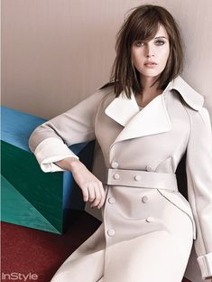 Felicity Jones - 'Pale Fire' US InStyle Magazine December 2014 Felicity Jones Hair, Felicity Rose Hadley Jones, Instyle Magazine, Felicty Jones, Pretty Hairstyles, Straight Hairstyles, Pale Fire, Estilo Real, Look Chic