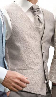 Hochzeitsweste von Wilvorst, in Grautönen mit extravaganter Musterung, Slimline