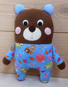 Zbyťáček medvídek v  modrém pyžamu