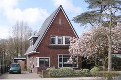 Jaren30woningen.nl | Mooie vrijstaande jaren 30 woning met spitse kap