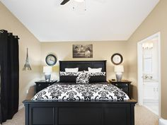 the best place to rent a five stars house near disney world in orlando florida Vacation Home Rentals, Vacation Villas, Places To Rent, Villa Design, Parcs, Orlando Florida, Universal Studios, Luxury Villa, Voici