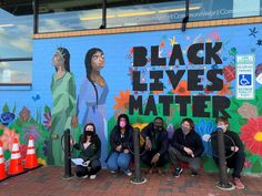"A new mural in Carrboro, NC created by artist Tyrone Small and his student artist team created to make sure everyone knows that ""Black Lives Matter"". It was recently unveiled and is located on the side of the CommunityWorx building facing West Main at the intersection of Jones Ferry Road in Carrboro...."