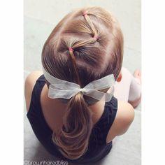 Peinados para nenas princess girls hairdos, hair styles y gi Little Girl Hairdos, Girls Hairdos, Baby Girl Hairstyles, Princess Hairstyles, Cute Hairstyles, Braided Hairstyles, Toddler Hairstyles, Teenage Hairstyles, Beautiful Hairstyles