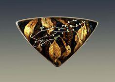 Larissa Podgoretz /  Autumn Meditation, brooch with loops, Enamel, 18k, 22k gold -méditation d' automne-broche- pendentif or , émail. enamel.