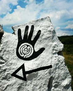 [en] Stražica – Sapaćica Land Art Trail has beenopened in July 2016, two years after the initial idea. It is locatedon Ćićarija mountain in the Učka Nature Park, Croatia. Here you can find …