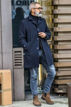 ae3fa9c4d1f 36 Winter Outfit Ideas for Men Trend 2019