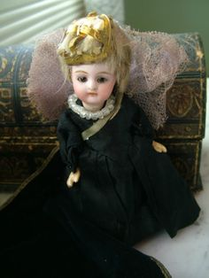 Antique German Bisque Head Mignonette Tiny Queen Doll in Embossed Dome Top Trunk | eBay