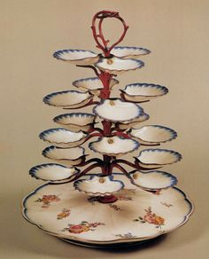 UNKNOWN POTTER, French - Oyster Stand,  c. 1750 -  Porcelain -  Galleria Palatina (Palazzo Pitti), Florence