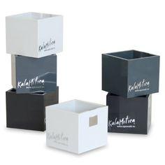 Kalamitica Set da 6 Cubi Portavaso Magnetico,, Diametro 3,5 cm, Grigio KalaMitica http://www.amazon.it/dp/B00GSSHVR8/ref=cm_sw_r_pi_dp_b.B9ub1NYPX6K