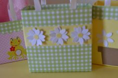 Daisy party favor bags by steppnout on Etsy, $1.25
