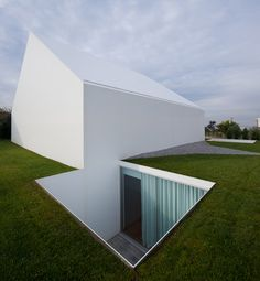 Mein Haus, das hat vier Ecken | Architecture bei Stylepark