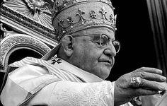 Ceremonia y rúbrica de la Iglesia española - Anillo del Pescador y sellos papales - Insignias papales