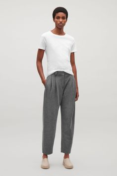 COS image 1 of Relaxed jersey trousers  in Grey