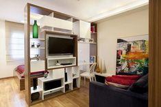 Decoração de apartamento pequeno com estante modulada Projeto de Adriana Fontana