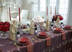 Sandra Lee Tablescapes | Sandra lee tablescapes, Table settings and ...