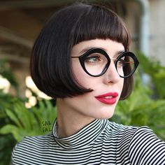 "590 Likes, 11 Comments - SAL SALCEDO (@salsalhair) on Instagram: ""Très Chic #salsalhair #hair #style #fashion #scifibob #bob #classicbob #haircut #frenchy #LAhair…"""