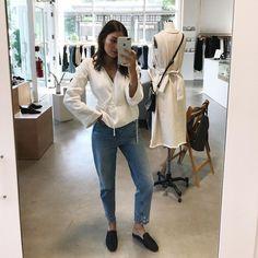 "1,816 Gostos, 12 Comentários - 〰 Sarah (@graymatsen) no Instagram: ""My shop girl days are almost coming to an end </3"""